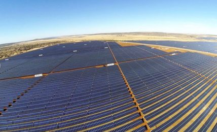 The Jasper plant comprises 900 hectares of solar panels spread over fields near Postmasburg that power at least 75,000 homes across South Africa during peak demand.